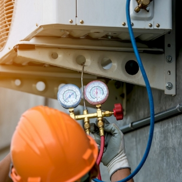 Stratus-air-refrigeration-technicians-bca16d1070fd2bdef7066cf5fefadb3a.jpg