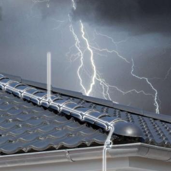 lightning_protection_landscape_web_0-bd8bff06d050ed798b9127d988ce3af1.jpg